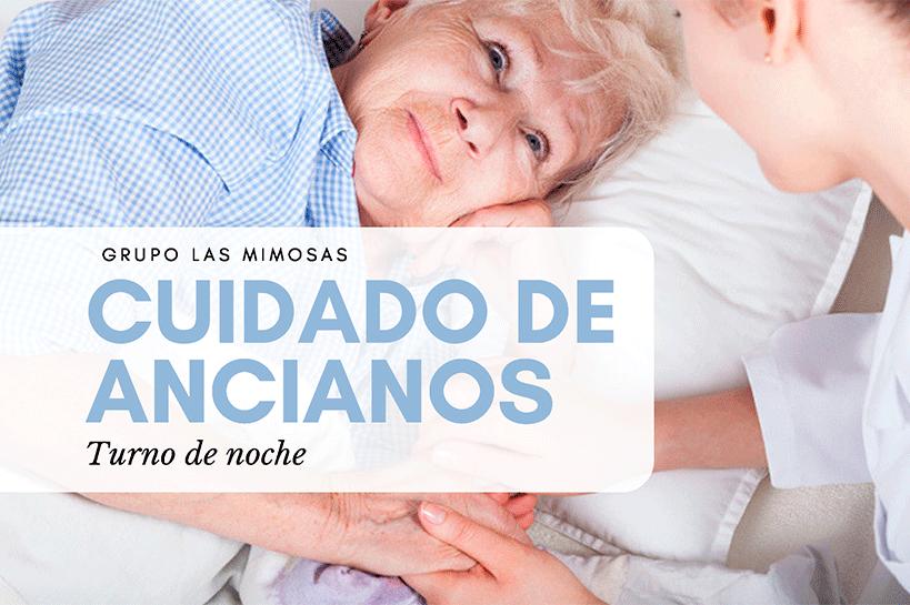 Anciana en la cama y cuidadora en turno de noche